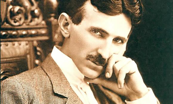 Tesla đề xuất hệ thống điện xoay chiều