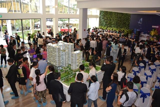 Hình ảnh tại sự kiện mở bán của The GoldView