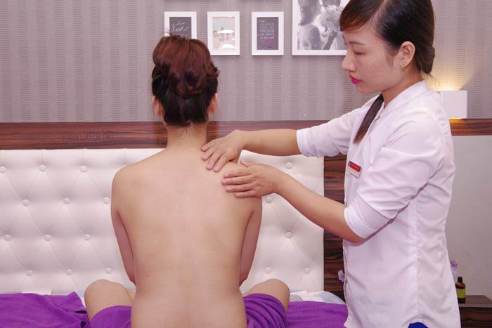 massage cho bà bầu tại nhà