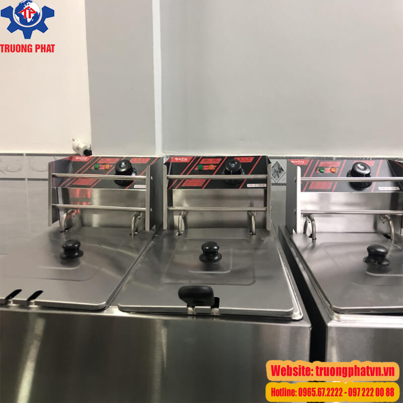 Hình ảnh bếp chiên nhúng tại cửa hàng trưng bày Trường Phát
