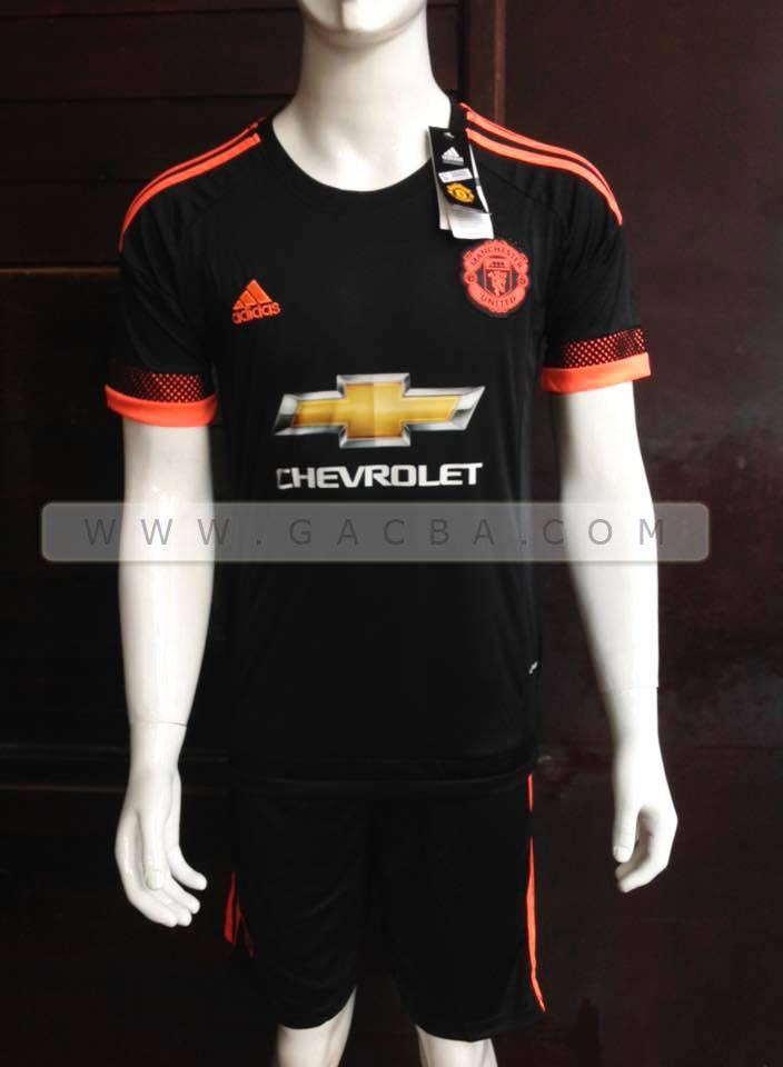 Quần áo bóng đá Man đen mùa giải 2015 2016
