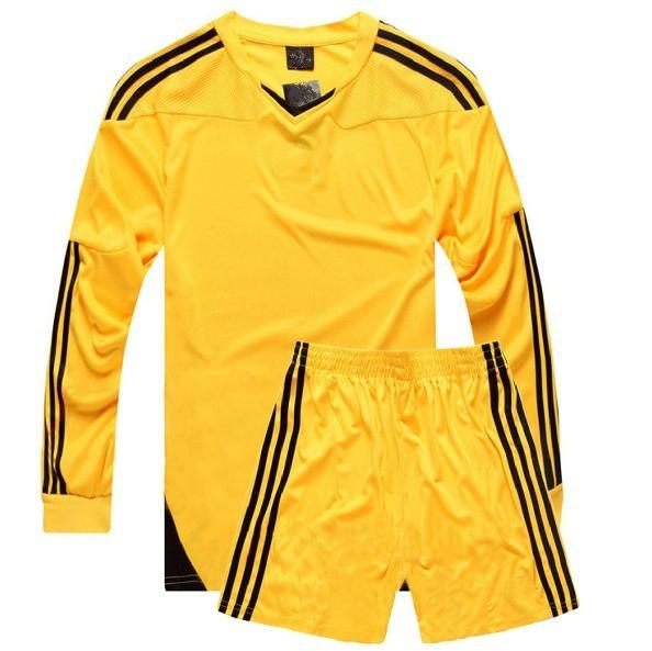 Quần áo bóng đá dài tay không logo vàng 2015