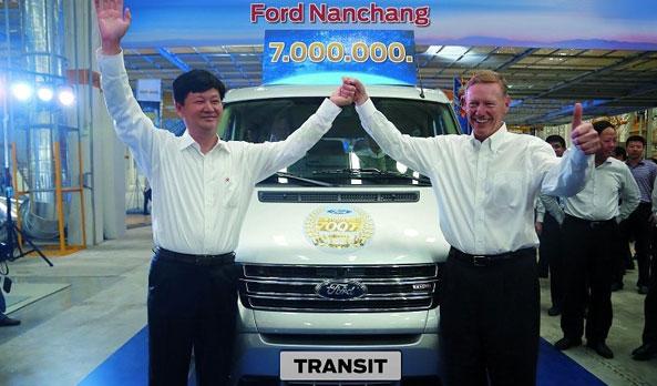 Ford-Transit-2015