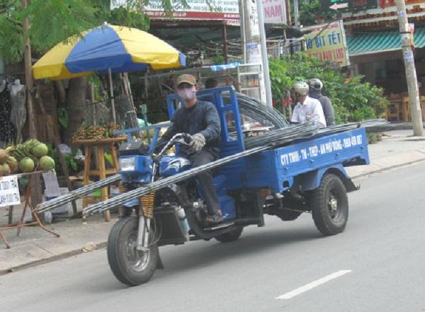xe lôi chở hàng