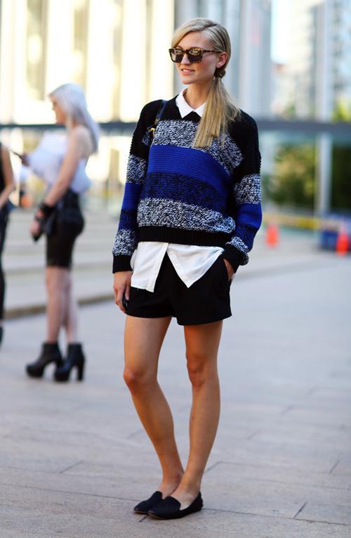Cực chất với cách mix áo sơ mi với áo len