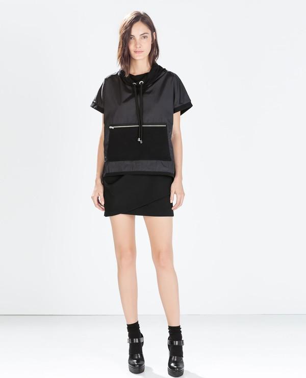 Thiết kế chân váy cuốn đến từ Zara