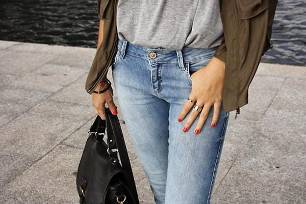 Quần Jeans là sự kết hợp hoàn hảo cho sự năng động