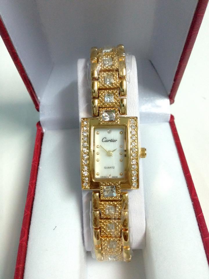đồng hồ lắc tay nữ cartier CRV-042-1