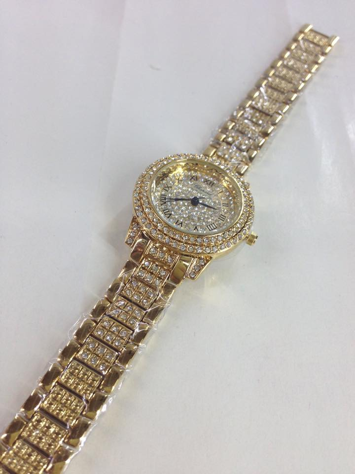dong-ho-nu-fake-gia-re-chopard-tphcm