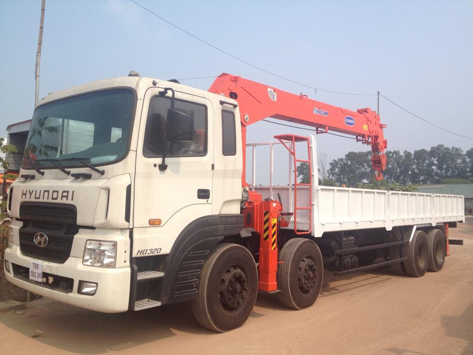 xe tải Hyundai gắn cẩu 10 tấn