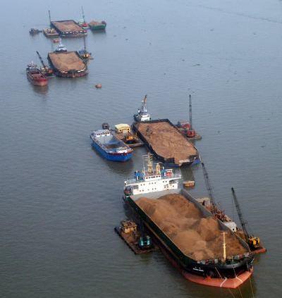 Chuyên đại lý, cửa hàng cát san lấp giá rẻ tại TPHCM (ảnh minh họa)