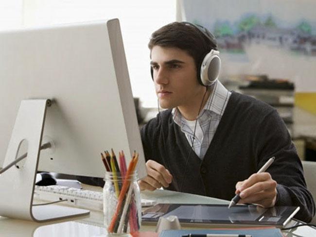 Nhạc giúp tâm trung hơn trong công việc