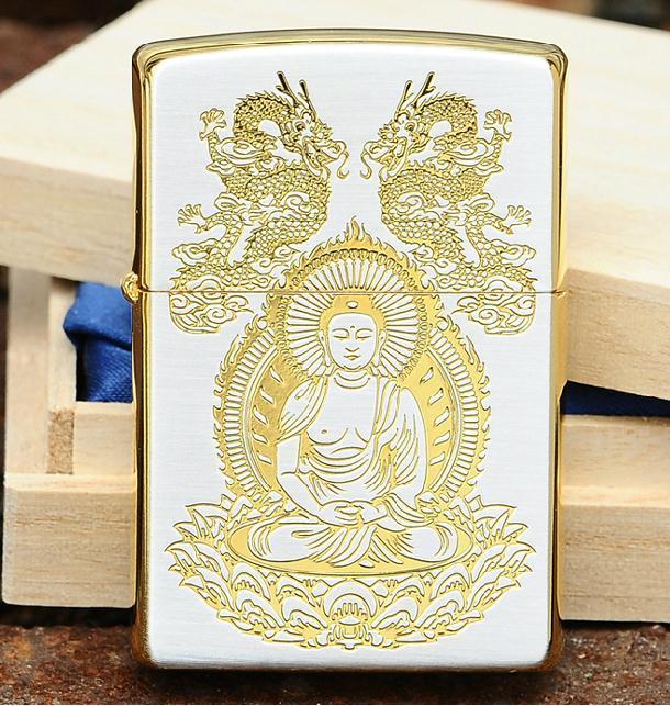 Zippo Phật bạc mạ vàng