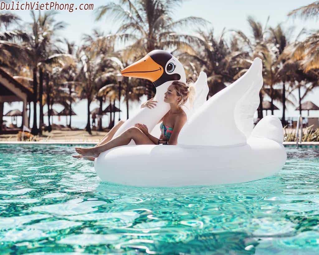 top5_resort_ly_tuong_o_pq_danh_cho_cac_gia_dinh_trong_mua_he_nay