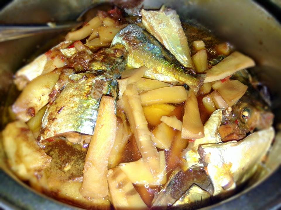 Cách kho cá nục ngon - cá nục kho măng