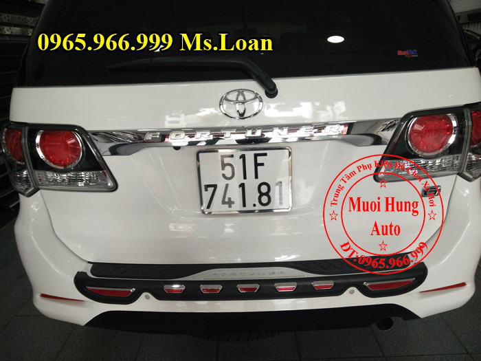 Chống Trầy Cốp Cho Xe Fortuner 2016 04