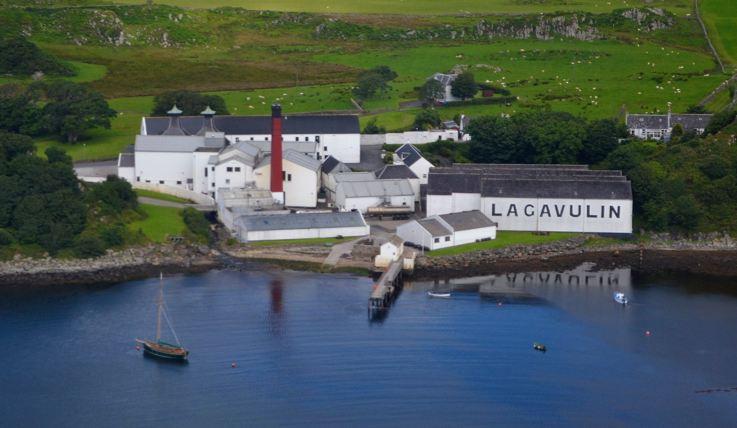 giá rượu Lagavulin 10 năm