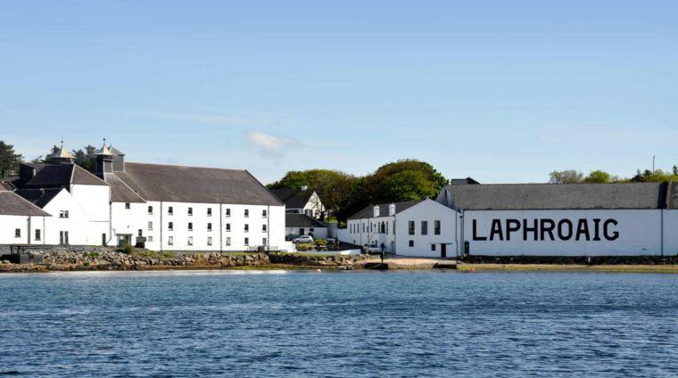giá rượu Laphroaig 2000 14 năm