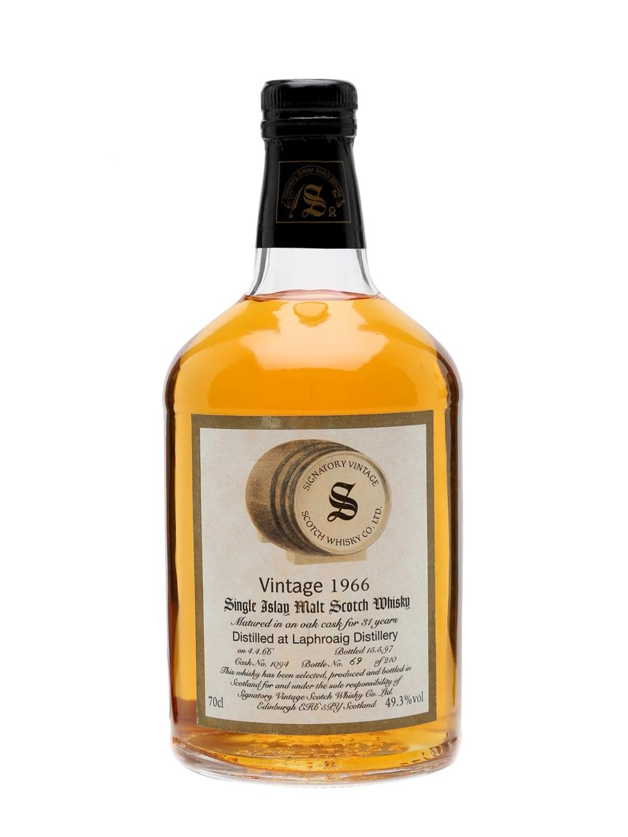giá rượu Laphroaig 1966 31 năm