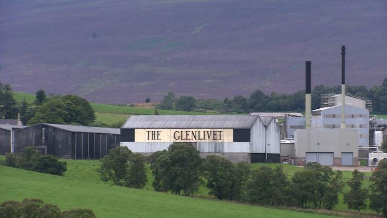 giá rượu Glenlivet 1996 18 năm
