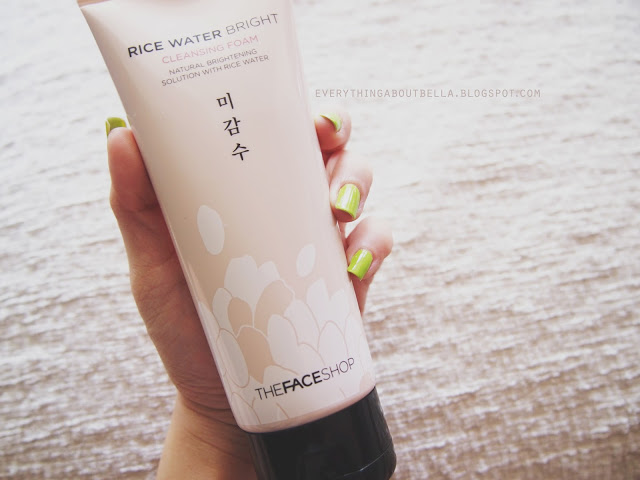 Sữa rửa mặt The Face Shop Rice Water Bright Cleansing Foam