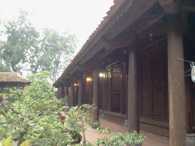 nhà gỗ lim đi cùng năm thang