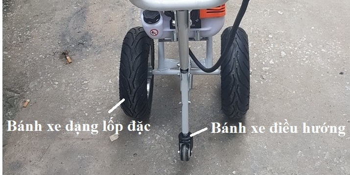 Bánh xe máy cắt cỏ