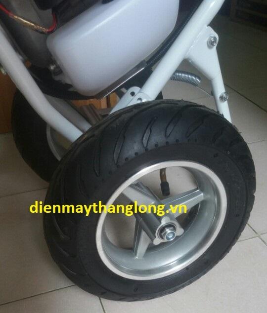 bánh xe máy cắt cỏ Honda GX35