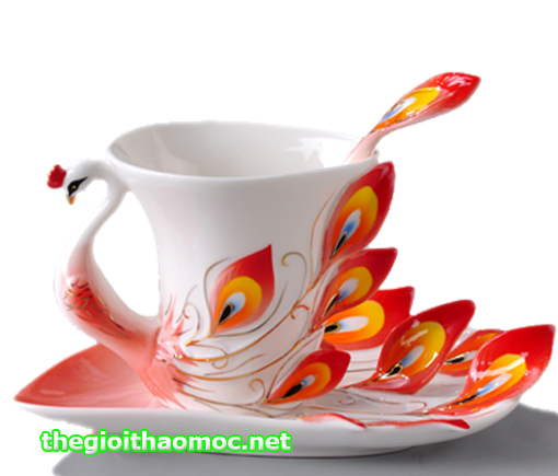 Tách trà cung đình nữ hòang