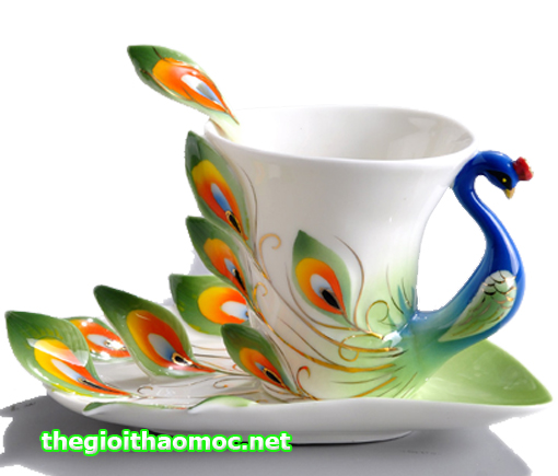 Ly trà cung đình nữ hòang