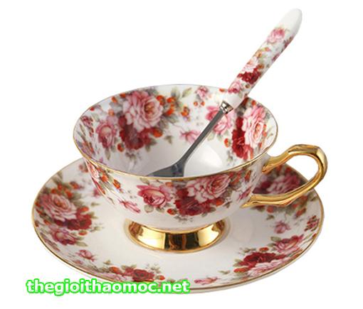ly trà anh