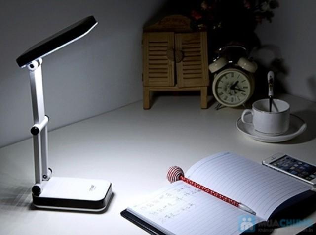 đèn led bàn học