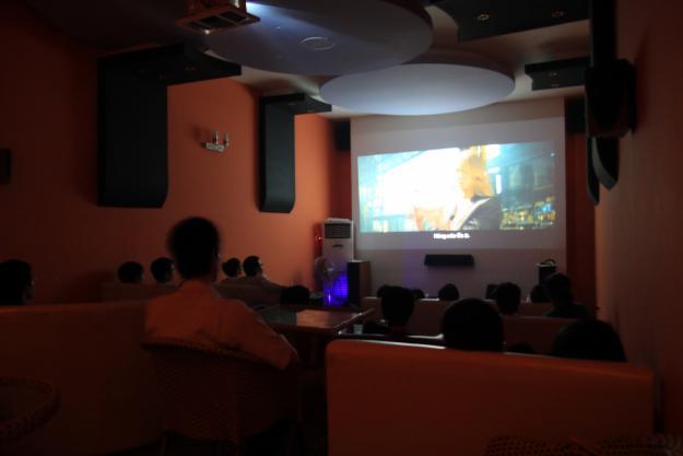 máy chiếu phục vụ các hội thảo, thuyết trình
